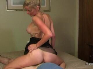 Vanessa Vixon - Step Mom wants a Baby